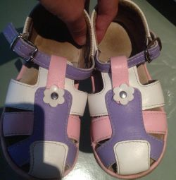 Sandalet 27 beden