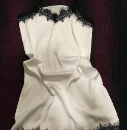 Φόρεμα με σατέν