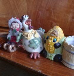 Souvenirs and ashtray