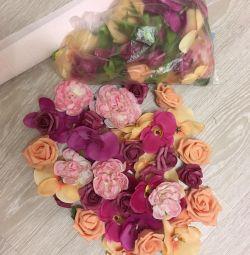 Flori artificiale pentru decorare