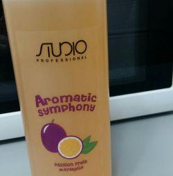 Shampoo for all hair types. Capus