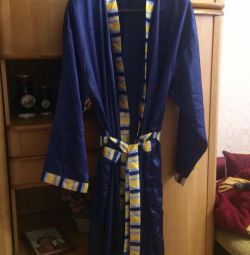Мужской шелковый халат