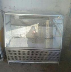 Продам витрину охлаждающую