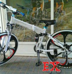 Μοντέρνο ποδήλατο BMW x5 σε ζάντες αλουμινίου