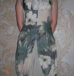 Dress (Italy)