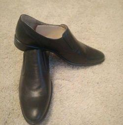 Τα παπούτσια Faraday των ανδρών