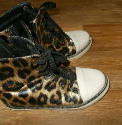 Ανοιξιάτικες μπότες
