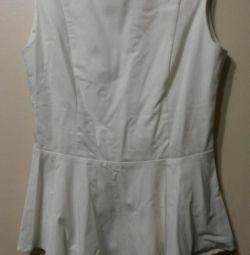 Блузка с баской 42 р-р.