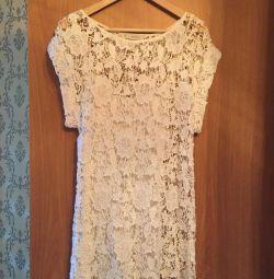 Bovona φόρεμα πολύ όμορφη