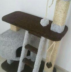 Casa pentru pisici, zgârieturi