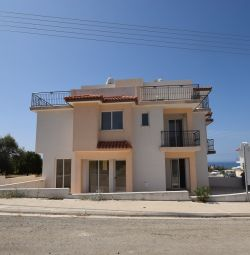 Three Bedroom Semi-Detached House in Argaka, Papho