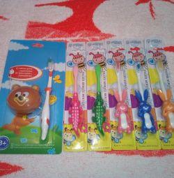 Periuțe de dinți pentru copii