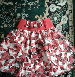 Skirt for a girl of 10 years.