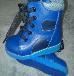 Pantofi ortopedici noi