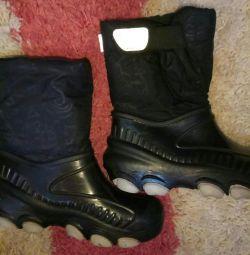 Boots-snowboots