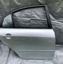 Двері задні праві Мазда 6 кузов GG