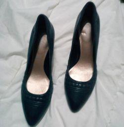 Туфли кожаные новые черные