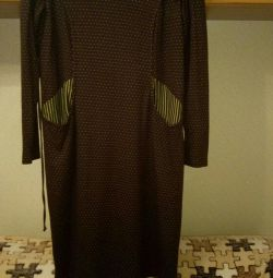 Women's dress with a hood r. 52