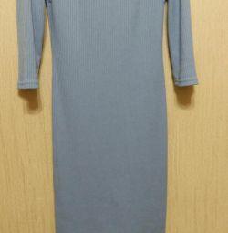 Платье из ткани