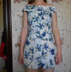 costum dress-