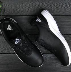 Αθλητικά παπούτσια 45 r.
