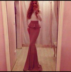 Φόρεμα στο πάτωμα Golden sand