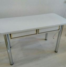 Стіл кухонний (1-1,3м. * 0,6)