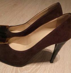 pantofi r.41
