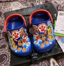 Crocs новые детские