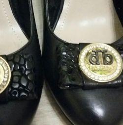 Pantofi din piele p. 38-39.