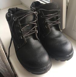 Ботинки демисезонные м/ж новые