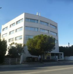 Коммерческое здание в Строволосе, Никосия