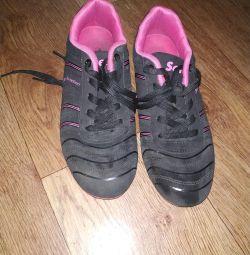 Αθλητικά παπούτσια 37
