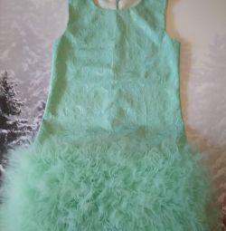 Стильное платье ручной работы