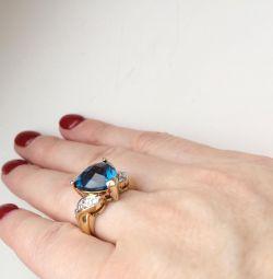 Inel cu topaz albastru auriu 16.0