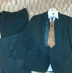 Suit + pants new + 2 shirts❗️❗️❗️