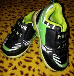?Sneakers New?