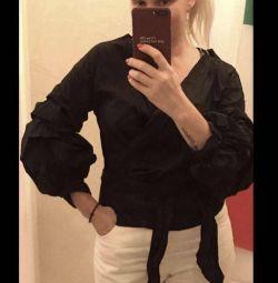 Новая рубашка на запАх и объёмными рукавами Италия