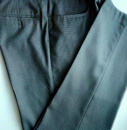Pantaloni P 48