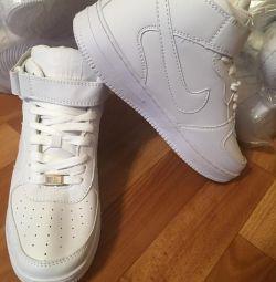 Sneakers WINTER new