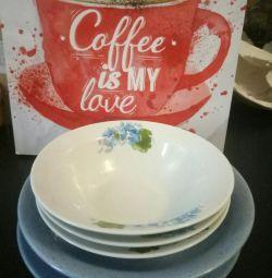 Different plates + gift
