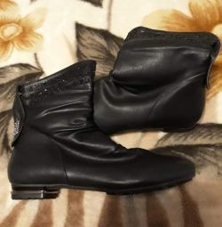 Boots spring-autumn