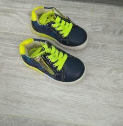 Παιδικά πάνινα παπούτσια, μέγεθος 21