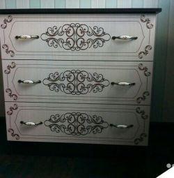 Jasmine dresser