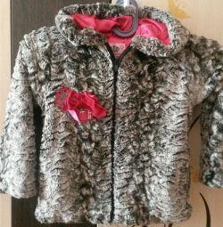 Pentru toamnă, haina pentru o fată de 3-6 ani