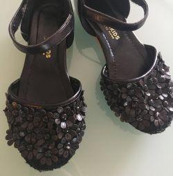 Shoes sandals 30