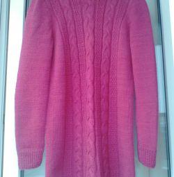 Un pulover nou, femei, manual.