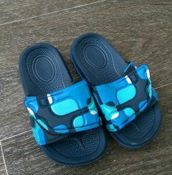 Flip-flops noi în Malaezia