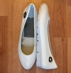 Pantofi de balet pentru femei. Piele autentică.