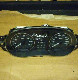 Щиток приладів Nissan Almera G15